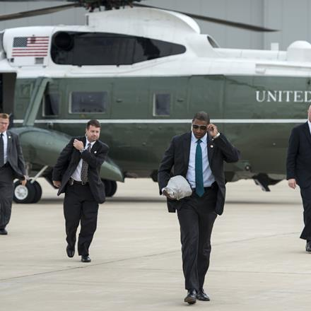 Members of US President Barack Obama's US Secret Service detail arrive at Gary Chicago International Airport on October 2, 2014 in Gary, Indiana